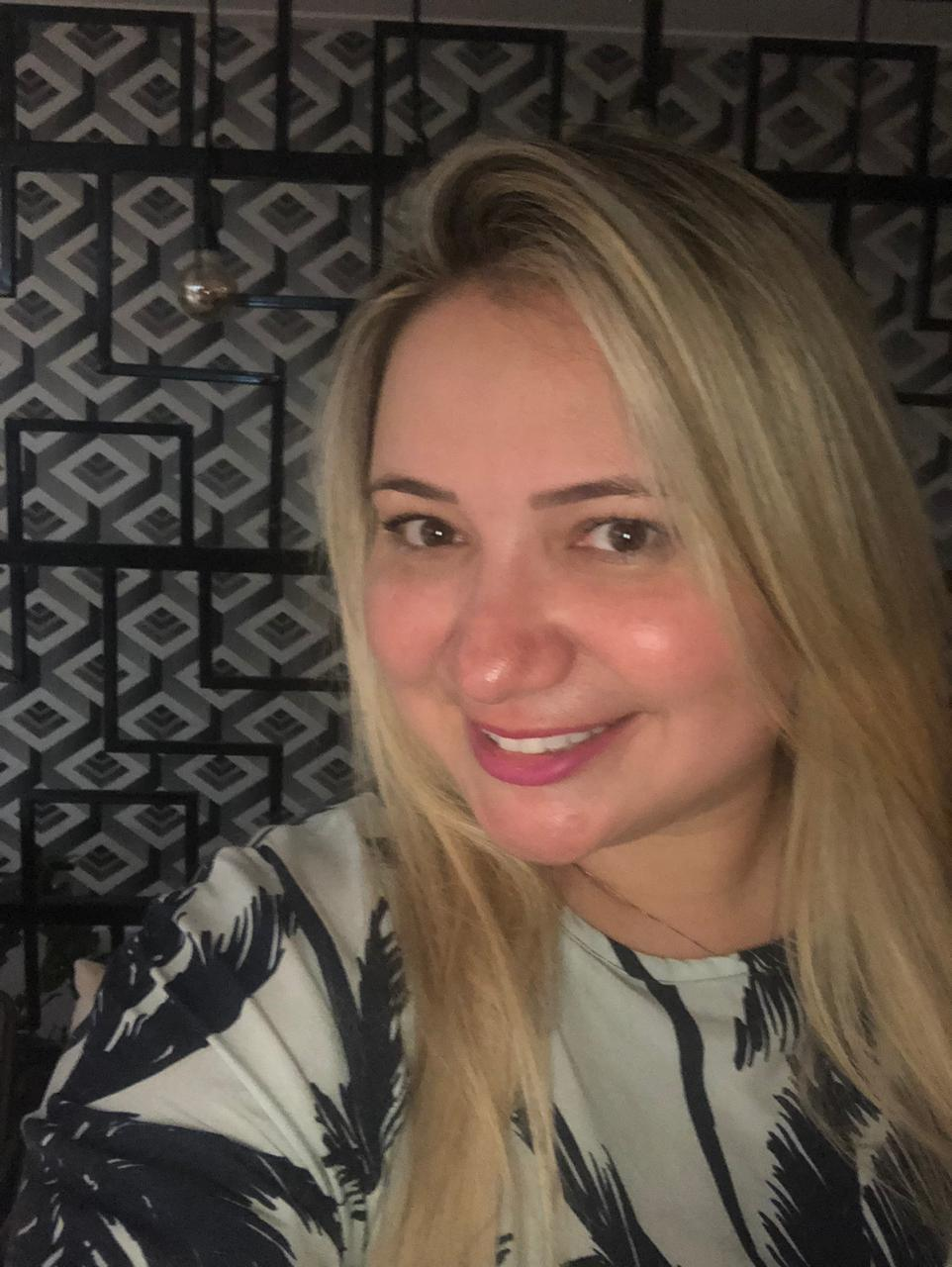Cinthia Soares -